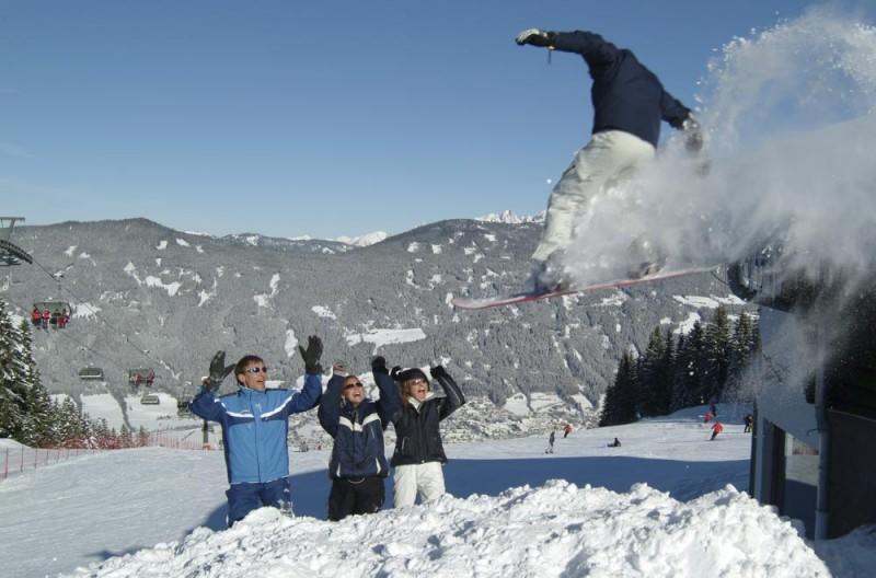 Snowboarden Jumpen